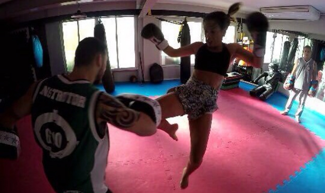 Ela tem a Força : Maternidade e MMA por CristinaYukie